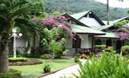 Phuket Hotels - Eden Bungalow Resort
