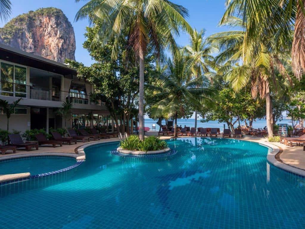 Sand Sea Resort - Piscina