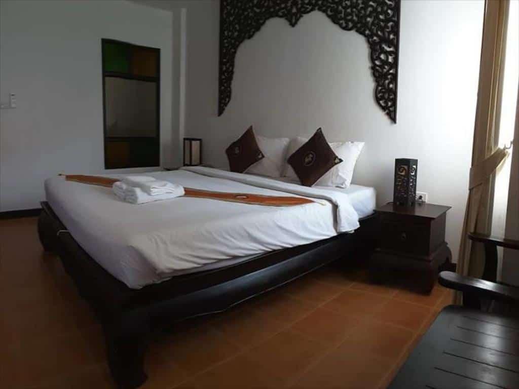 Wangburapa Grand Hotel - Stanza Deluxe