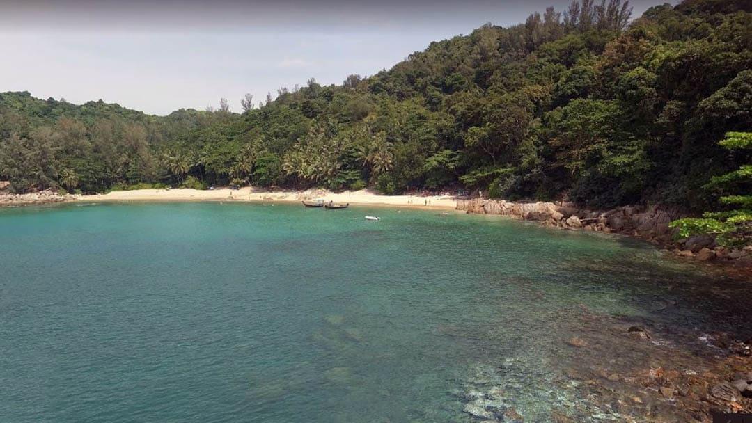 Snorkeling a Phi Phi