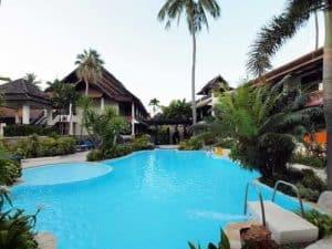 Phi Phi Banyan Villa Hotel - Piscina